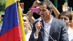 «Надо больше военных»: Гуайдо расписался вбессилии перед Мадуро
