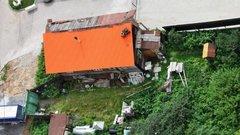 В Екатеринбурге ветхую избушку пытаются продать за 35 млн рублей