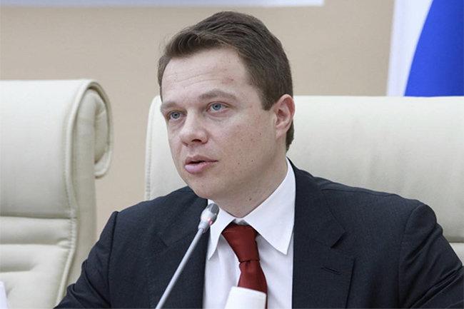 Максим Ликсутов. Портрет чиновника на рельсах