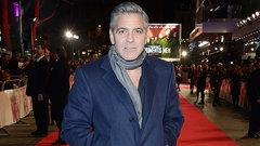 Джордж Клуни обручился с адвокатом Джулиана Ассанжа