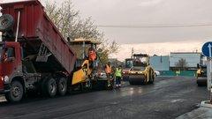 В Салехарде до конца лета отремонтируют более 17 километров дорог и тротуаров