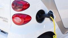 Автоэксперт назвал условия для перехода россиян на электромобили