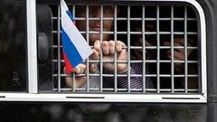 Задержания аукнутся на работе: Клинцевич о митингах