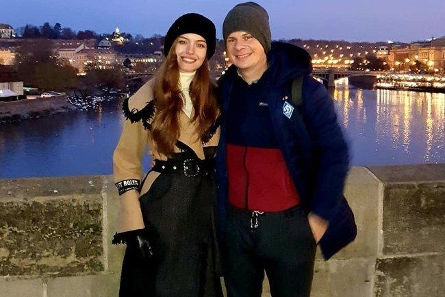Дмитрий Комаров с супругой