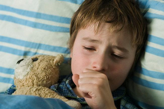 Покашливание у ребенка: причины и лечение. Препараты от кашля для детей