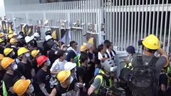Протест в Гонконге породил сомнения в вопросе объединения «двух Китаев»