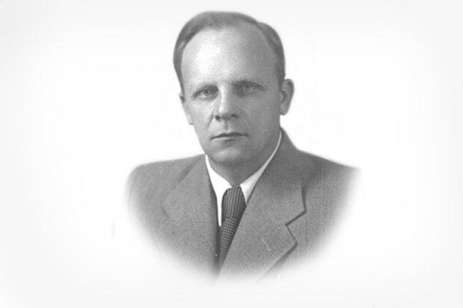 Павел Титов