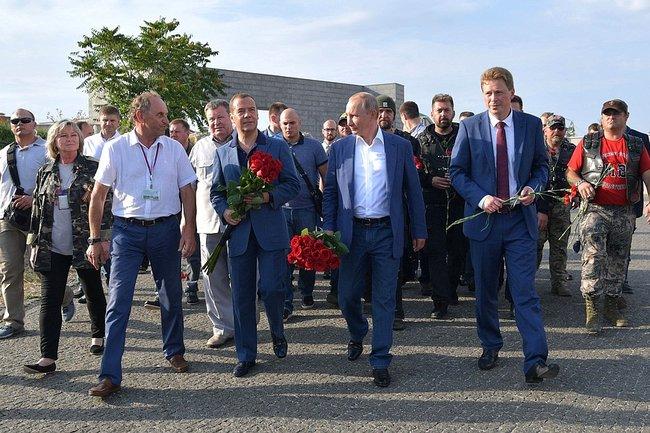 Владимир Путин и Дмитрий Медведев в Севастополе