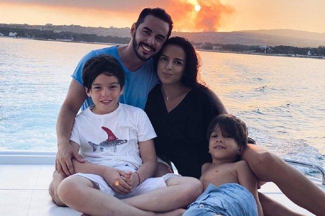 Тимур Родригез с семьей