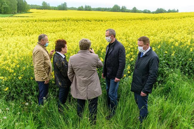 Глава Калужской области пообещал помочь с ремонтом дороги от Молодежного до федеральной трассы