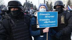 «Чем больше прессовать оппозиционеров, тем больше людей будет им сочувствовать» — мнение