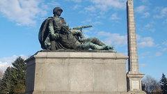МИД России назвал снос памятника советским воинам в Польше «кощунственным»