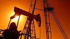 Россия выходит на постсоветский рекорд по добыче нефти