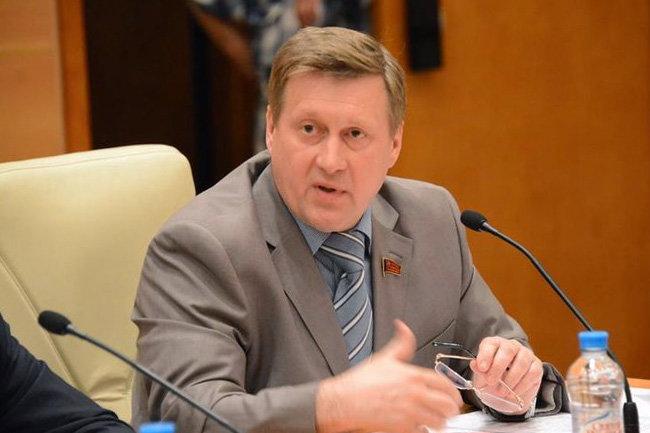 Мэр Новосибирска порекомендовал не собирать митинги во время новогодних каникул