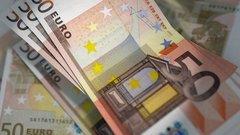 Юнкер предложил сделать евро мировой валютой