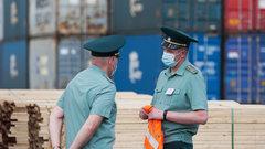 Тюменская таможня задержала контрабанду товаров военного назначения