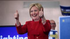 Хиллари Клинтон в шапке-ушанке призвала вступать в ряды русских