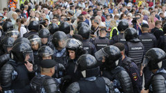 Власть боится и сажает невиновных - адвокат Илья Новиков
