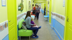 Губернатор Кировской области посетил  новое  здание детской поликлиники