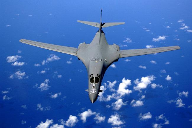 Бомбардировщик B-1B Lance