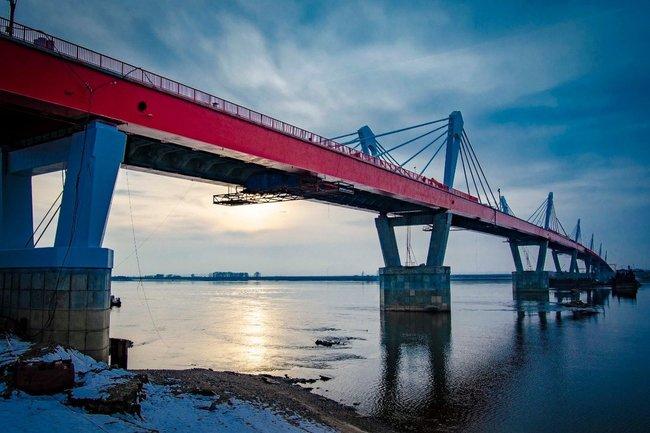 В скором времени откроется мост через реку Амур, построенный компанией Руслана Байсарова