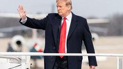 «Подбросить свинью» Трампу: почему спецслужбы не предупредили президента об активизации кибератак США против РФ