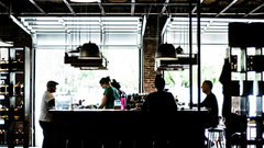 Стало известно, когда в Подмосковье заработают кафе и рестораны