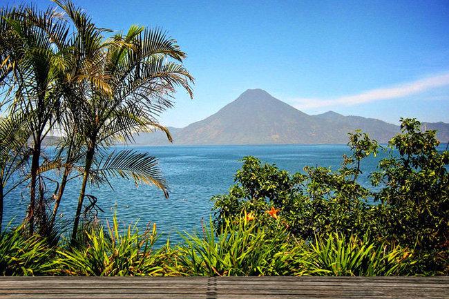 СМИ: обнаружены новые жертвы извержения вулкана в Гватемале