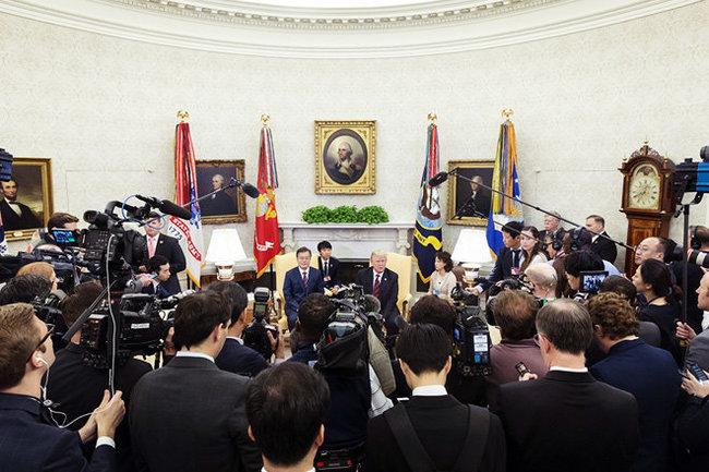 США решили нерасширять санкции против Северной Кореи