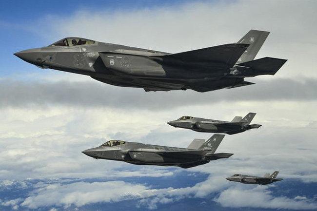 Турция получила два истребителя F-35