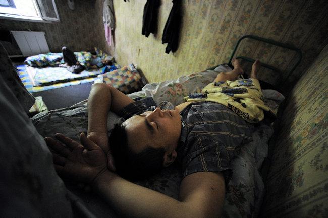 намного чаще фото спящий таджичка отправкой часы пройдут