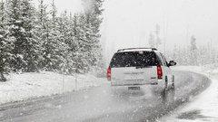 В Новосибирской области закрыли трассу из-за метели