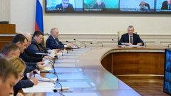 Губернатор Андрей Травников поручил министерству сельского хозяйства Новосибирской области тщательно отслеживать темпы заготовки кормов