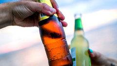 ВМоскве ограничат продажу всех напитков встеклянных бутылках