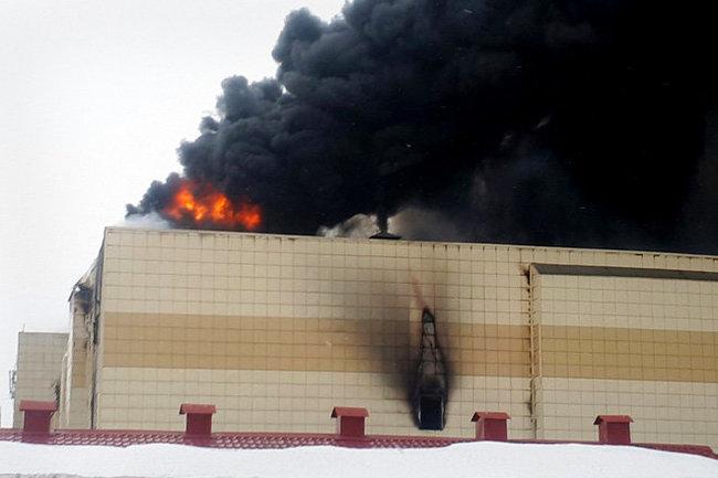 МЧС: Версия теракта врасследовании пожара вКемерове нерассматривается