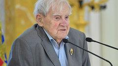 Писатель Даниил Гранин скончался в Санкт-Петербурге