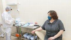 Петербург пошел по пути Москвы в борьбе с коронавирусом