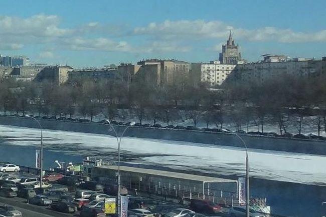 В столице России возбудили уголовные дела офиктивных дворниках ГБУ «Жилищник»