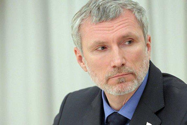 Депутат  Журавлев