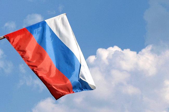 Совфед прокомментировал призыв Порошенко запретить российский флаг