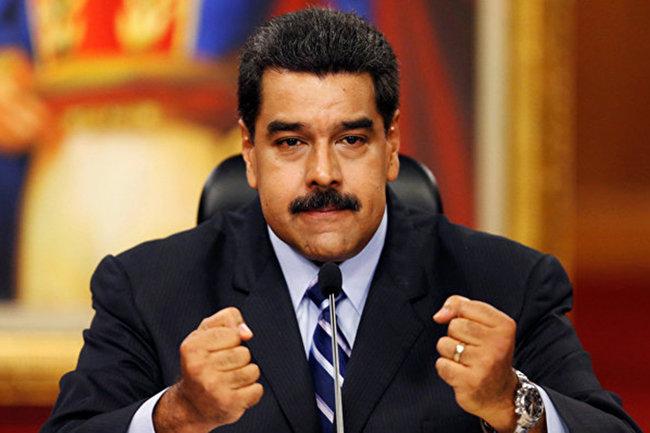 Венесуэла иПанама восстановят авиасообщение и возвратят послов