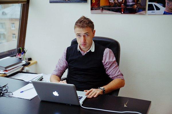Дмитрий Навош