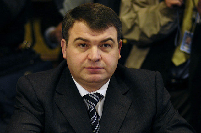 Человек-субмарина: почему не тонет Анатолий Сердюков?