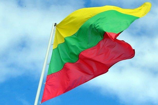 Литва флаг