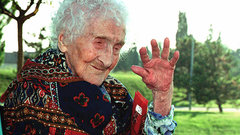 Доказана невозможность продления человеческой жизни свыше 115 лет