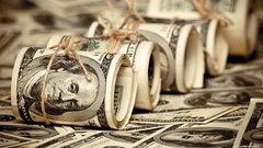 Ослабление доллара поддерживает рубль