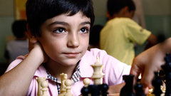 В московских школах будут учить играть в шашки, шахматы и бридж