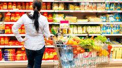 Экономист назвал способы сдержать рост цен на продукты