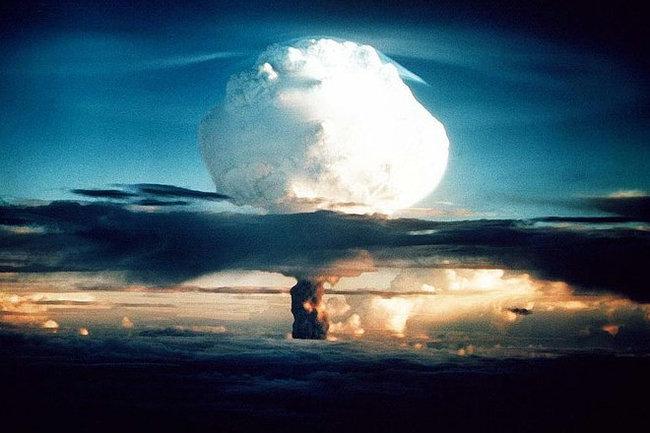Не ядерной бомбой единой: Россия разрабатывает импульсное оружие