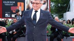 Сокуров удостоен премии Европейской киноакадемии за вклад в режиссуру